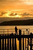 Fischerei von der Anlegestelle. stockfoto