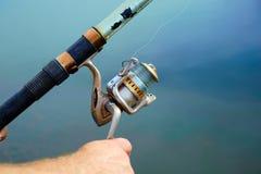 Fischerfall, zum der Spule zu drehen Stockfoto