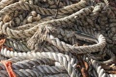Fischernetz, das heraus zur Sonne verbreitet Stockbild