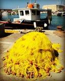 Fischernetz im Hafen von heracleon Stockfotos