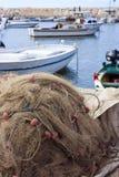 Fischernetz und Fischerboote Lizenzfreie Stockfotografie