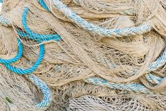 Fischernetz und Seile stockfoto