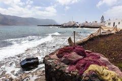 Fischernetze im Dorf Caleta de Sebo auf La Graciosa lizenzfreie stockfotografie