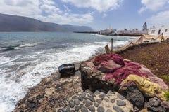 Fischernetze im Dorf Caleta de Sebo auf La Graciosa lizenzfreie stockfotos