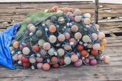 Fischernetze und Seile lizenzfreie stockfotos