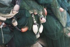 Fischernetze zusammengebaut, um zu trocknen Lizenzfreies Stockfoto