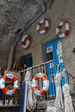 Fischerwerkzeuge im Jachthafen eines Dorfs Cinque Terres lizenzfreie stockbilder