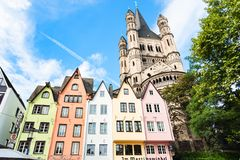 Fischmarkt地区的中世纪房子在科隆 免版税库存照片