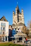 Fischmarkt med kyrkliga brutto- St Martin, Cologne, Tyskland royaltyfria bilder