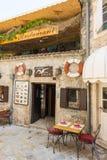 Fischrestaurant in altem Budva, Montenegro Stockbild