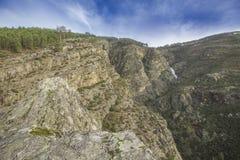 Fisgas在雷亚尔城区,葡萄牙做埃尔默洛瀑布 库存照片