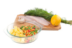 Fish and fresh vegetables Royalty Free Stock Photos
