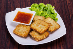 Fish fried with vegetable Royalty Free Stock Photos