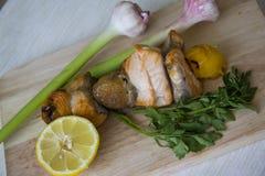 Fish kebob with garlic and lemon Royalty Free Stock Photos