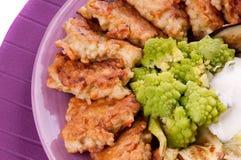 Fishcakes y berenjena Foto de archivo libre de regalías