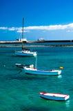 Fisher小船在拉古纳查科de圣希内斯,阿雷西费 免版税图库摄影