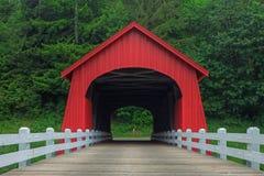 Fisher School Covered Wooden Bridge Imagen de archivo