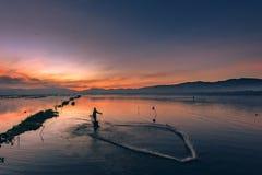Fisherman's που χορεύει στο νερό yhe Στοκ φωτογραφία με δικαίωμα ελεύθερης χρήσης