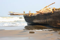 Fisherman boat at the beach Royalty Free Stock Photography