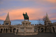 Fisherman's Bastion and the statue of Stephen I of Hungary Royalty Free Stock Photos