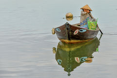 Fisherman at the Thu Bòn River in Hoi An, Vietnam Royalty Free Stock Photography