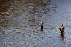 Fishermans ouvrent une saison pour la truite cathing Image stock