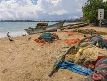 Fishermansnetten op het strand Stock Foto