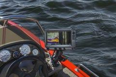 Fishfinder echolot som fiskar sonar på fartyget fotografering för bildbyråer
