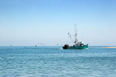 Free Fishing Boat Royalty Free Stock Images - 5535579