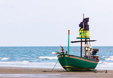 Fishing boat on the beach Royalty Free Stock Photography
