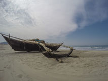 Fishing boat on the beach Royalty Free Stock Photos