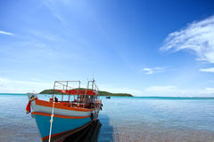 Fishing boat with blue sky Royalty Free Stock Photos