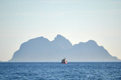 Fishing boat on a horizon Royalty Free Stock Photography