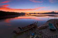 Free Fishing Boat In Golden Morning Light Fisherman Fishing In Early Royalty Free Stock Photos - 91082448