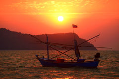 The Small fishing boat in the morning Royalty Free Stock Photography