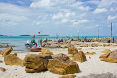Free Fishing Boat On Beach Royalty Free Stock Photography - 20626827