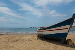 Free Fishing Boat On The Shore And A Dog Stock Photos - 155728063