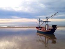 Fishing boat. In the seashore Royalty Free Stock Photography