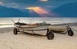 Fishing boats anchored at sandy beach Royalty Free Stock Photography