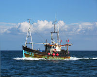 Free Fishing Trawler Royalty Free Stock Photos - 12547028