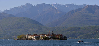 Fishing village Isola dei Pescatori on Lake Maggiore Stock Photography