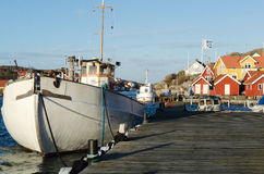 Fishingboat em sweden imagem de stock