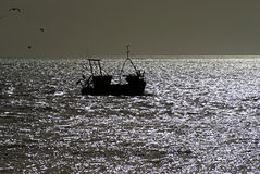 Fishingboat on the english chanel Royalty Free Stock Photos