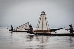 3 fishmen на озере Inle Стоковое Изображение RF