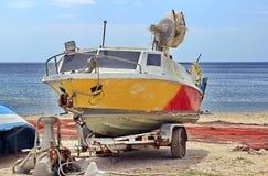Fising motorboat przy Czarnym morzem zdjęcia stock