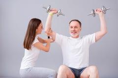 Fisioterapia moderna de la rehabilitación imágenes de archivo libres de regalías