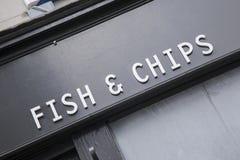 Fisk och Chip Sign Arkivfoton