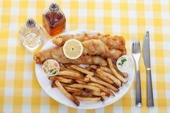 Fisk och chiper arkivfoton