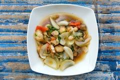 fisk stekte grönsaker Royaltyfri Bild