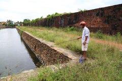 Fiska den omgeende Dong Hoi citadellen, Quang Binh, Vietnam Royaltyfri Bild